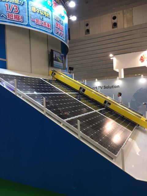 太陽電池モジュール洗浄機